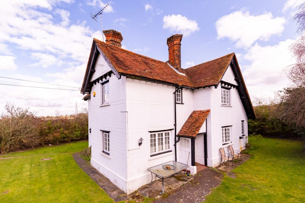 New Farm Cottage, Copped Hall, Epping, CM16